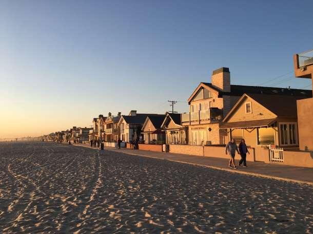 beach-front-newport-beach